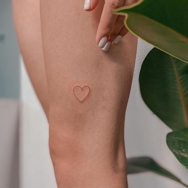 Фото №9 - 10 лучших идей для татуировок с сердечками 💖