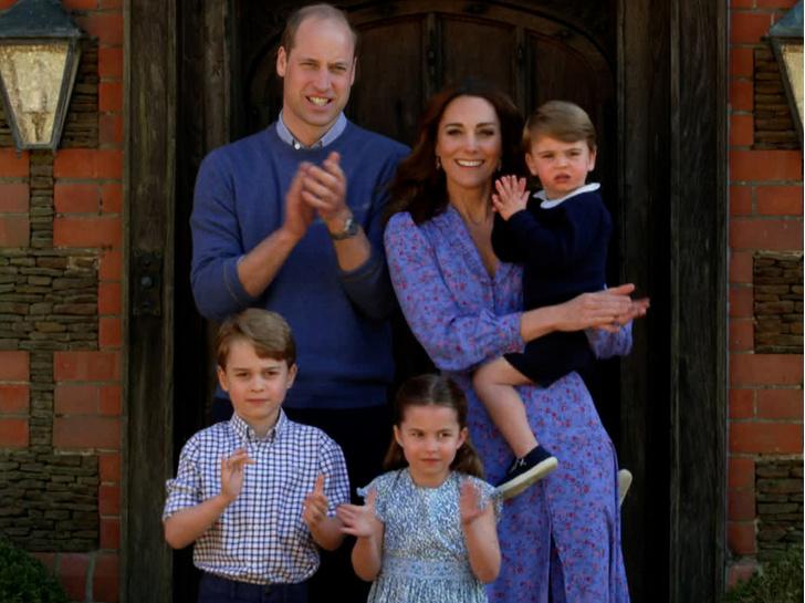 Фото №2 - Под каким именем принц Джордж может взойти на престол