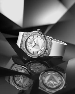 Фото №3 - Крупным планом: часы Hublot, созданные совместно с Ришаром Орлински
