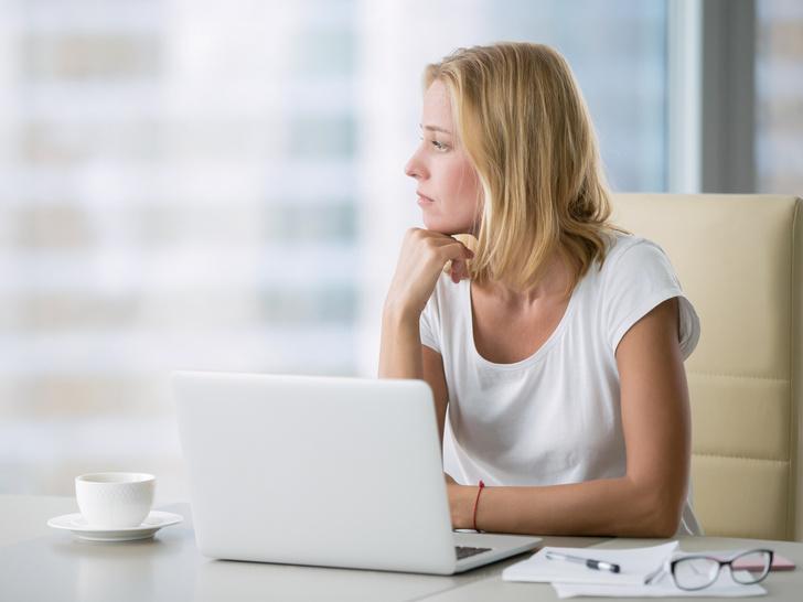 Фото №5 - Тревожные звоночки: 8 признаков того, что вас скоро могут уволить
