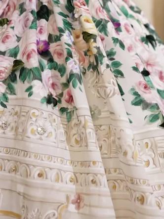 Фото №14 - Королевский размах: шесть свадебных платьев леди Китти Спенсер