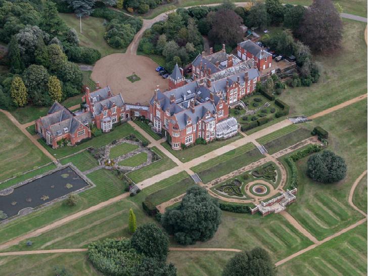 Фото №2 - Резиденция Уэссекских: как выглядит дом любимой невестки Королевы