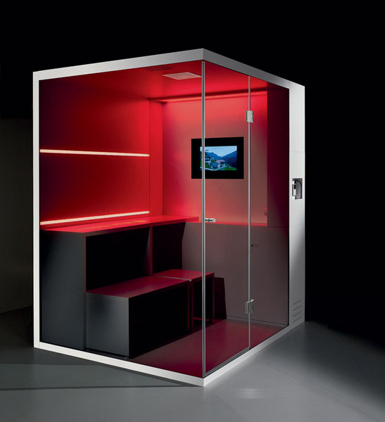 Компактная сауна Revolution со встроенным телевизором, Carmenta, www.carmentasrl.it.