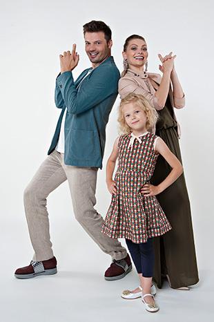 Фото №4 - Они поют, танцуют, воспитывают дочь и называют себя… бандой!