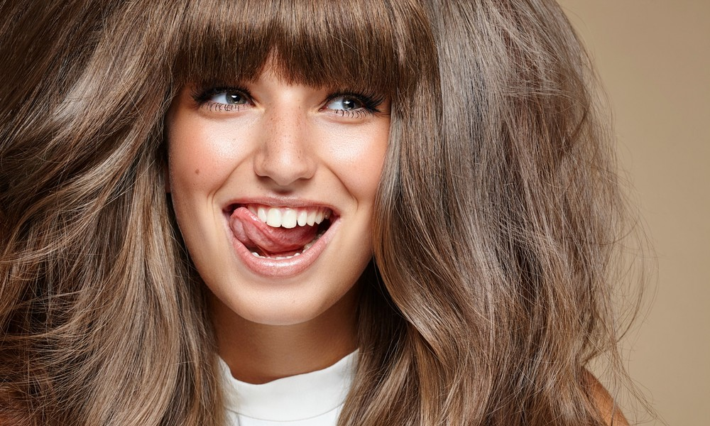 Как подстричь челку в домашних условиях пошагово: советы парикмахера — www.wday.ru