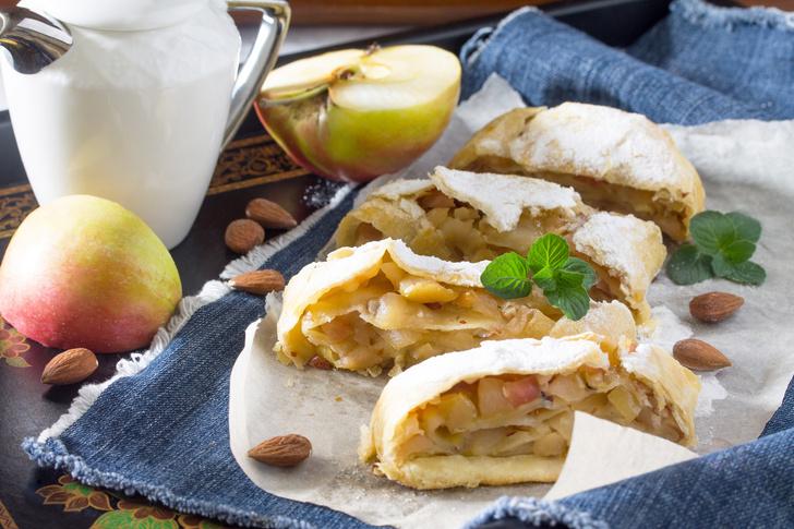 Фото №1 - Готовим яблочный штрудель: мечта сладкоежки
