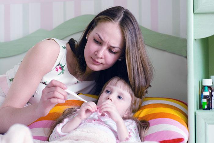 Фото №1 - Часто болеющий ребенок: кто это такой