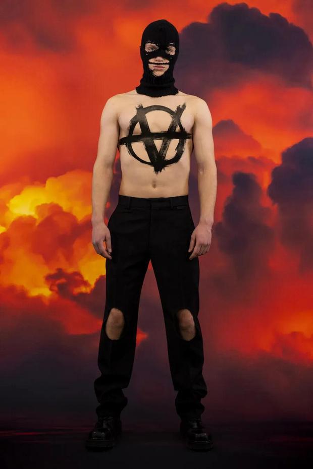 Фото №1 - Революционные и анархические настроения в моде