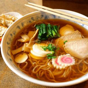 Фото №1 - Тест: Выбери любимое азиатское блюдо, и мы посоветуем тебе классную мангу 🍥