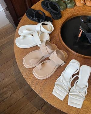 Фото №2 - Модель Роузи Хантингтон-Уайтли представила первую коллекцию обуви. Предупреждаем: вы захотите все четыре пары!
