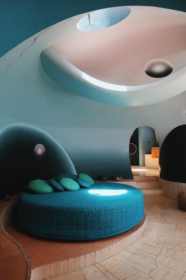 Фото №5 - Дом-пузырь Пьера Кардена снова выставлен на продажу