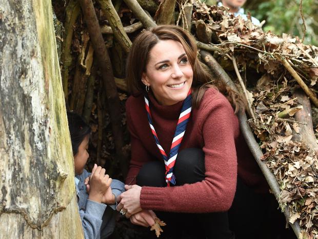 Фото №3 - Новые правила: как герцогиня Кейт изменила роль жены наследника престола