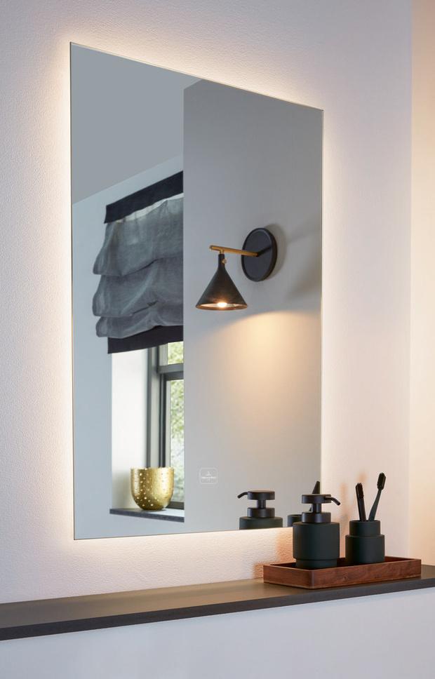 Фото №2 - Коллекция зеркал с подсветкой More To See Lite от Villeroy&Boch