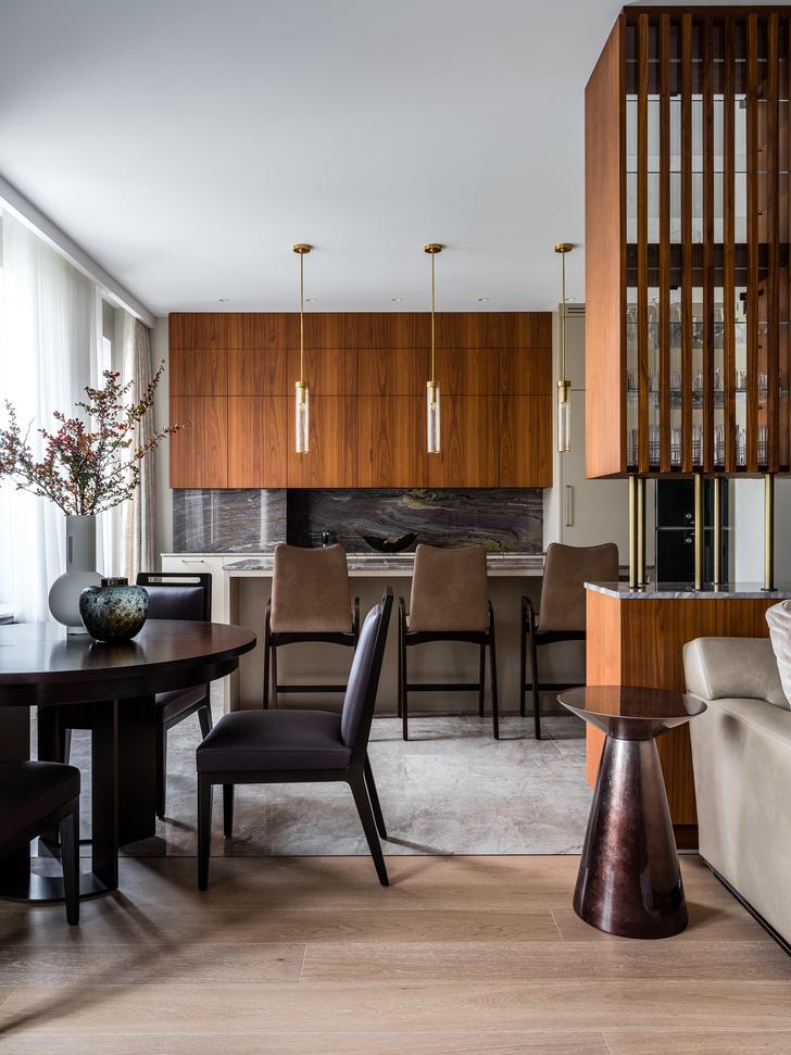 Фото №5 - Двухэтажная квартира с дровяным камином в центре Москвы