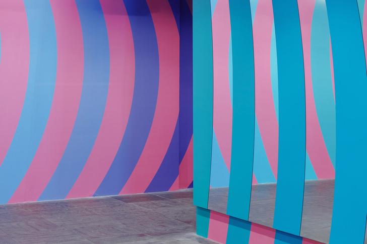 Фото №4 - Инсталляция по проекту Адама Натаниэля Фурмана