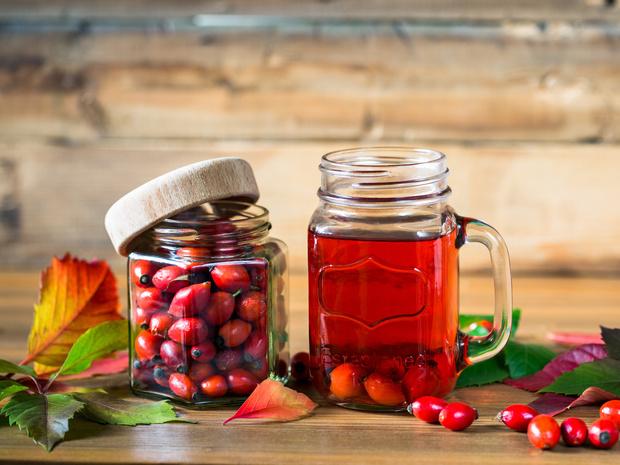 Фото №1 - Кладезь витаминов: 5 лучших рецептов из шиповника