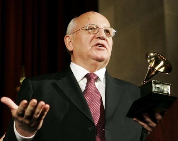 Фото №8 - Последний первый президент. Какой след оставил Михаил Горбачев в поп-культуре
