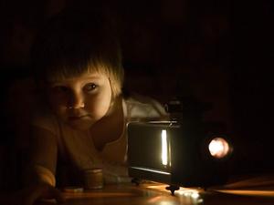Фото №1 - Кадры из детства: зачем современному ребенку советские диафильмы