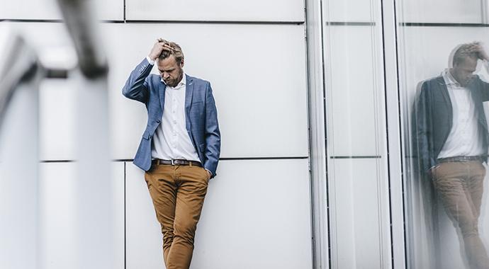 Кризис среднего возраста у мужчин: как пережить и вырасти как личность