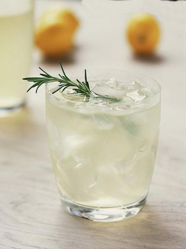 домашний лимонад с травами