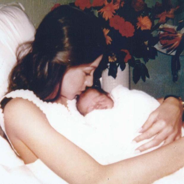 Энрике Иглесиас мама фото
