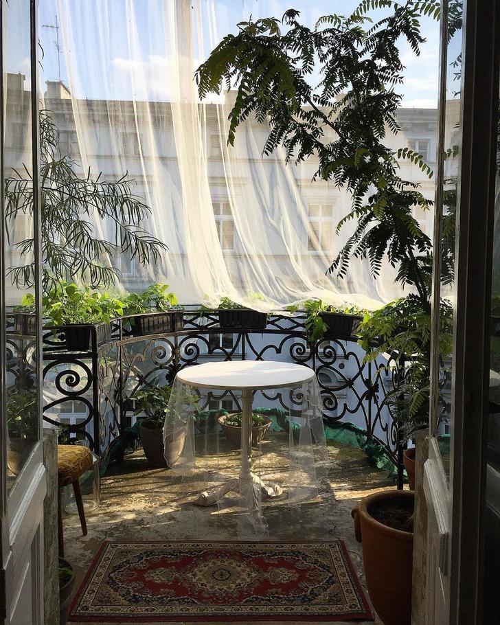 Фото №2 - Вопросы читателей: как оформить балкон треугольной формы