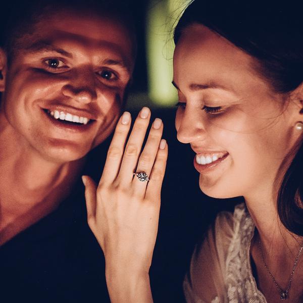 Фото №1 - Тарасов сделал предложение Костенко, но кольцо купил дешевле, чем дарил Бузовой