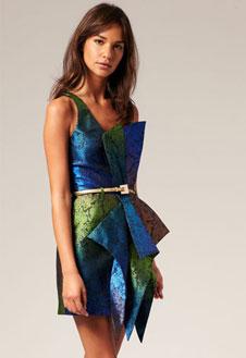 Фото №1 - Новый год и корпоратив: стильное платье