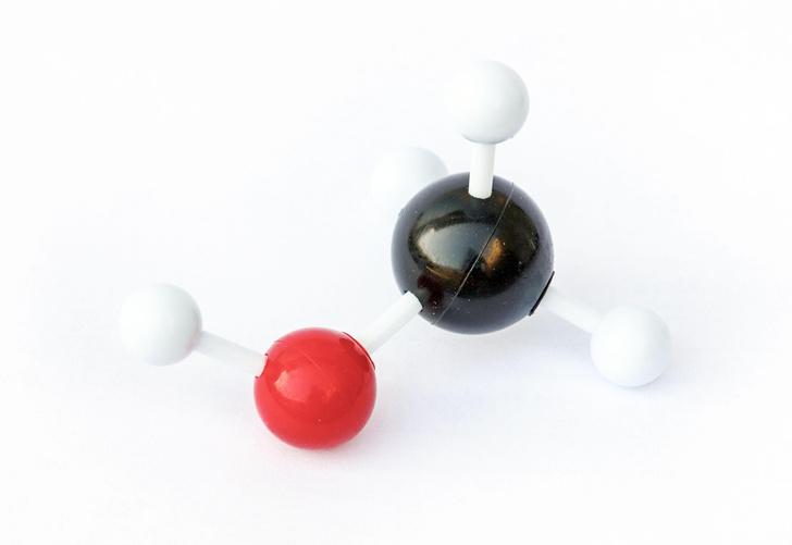 Фото №1 - Ученые нашли новый способ превратить метан в спирт