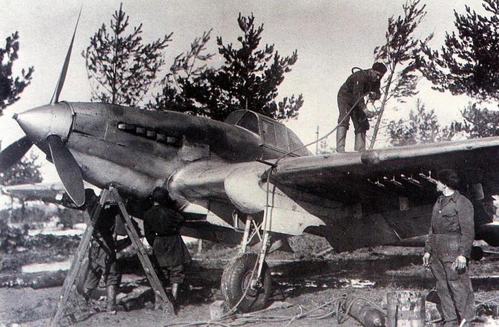 Фото №4 - Летающий танк или летающий гроб? 6 железных фактов о штурмовике Ил-2