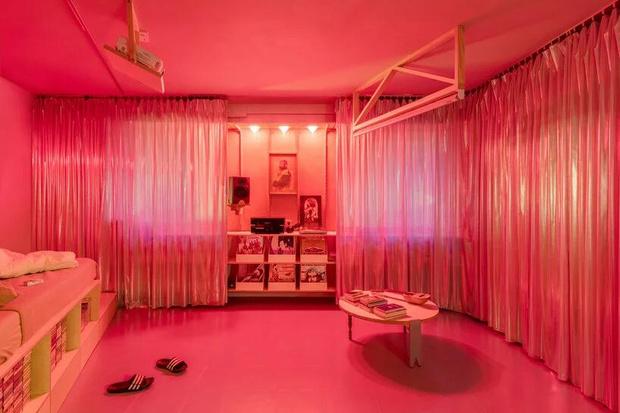 Фото №6 - Симфония цвета: маленькая многофункциональная квартира в Мадриде