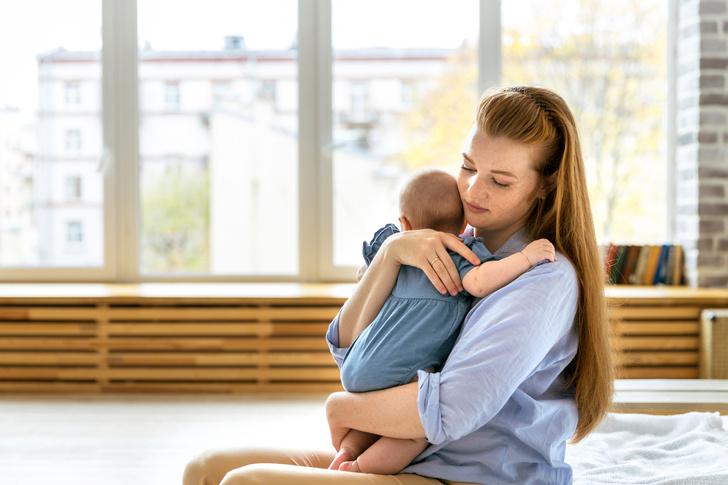 колики причины, колики у новорожденного, родовая травма, ребенок плачет, здоровье грудничка