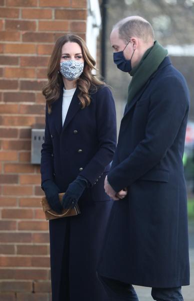 Фото №11 - «Мы не расистская семья»: принц Уильям открестился от обвинений Гарри и Меган