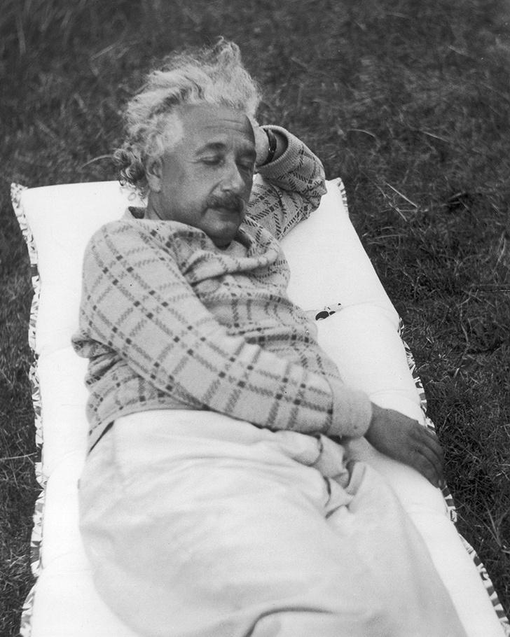 Фото №5 - Успешные люди, которые спали по 9-10 часов в сутки