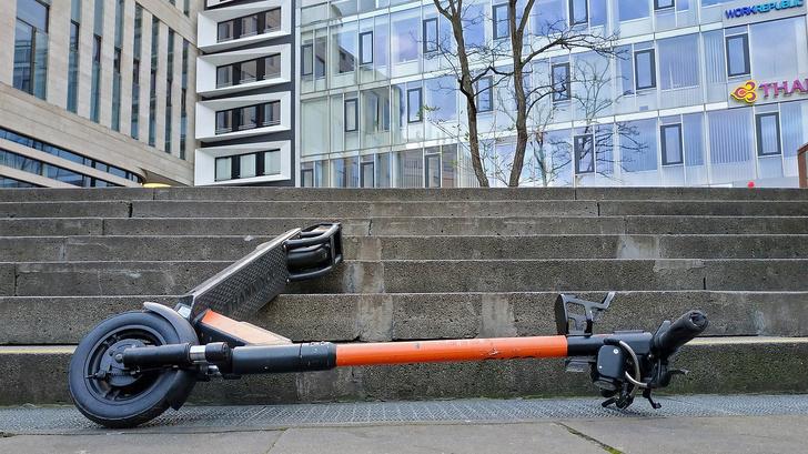 Фото №4 - «Привидения» с электромотором: что ждет самокаты в российских мегаполисах