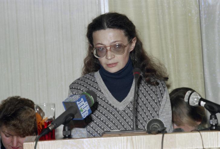 Фото №4 - Тюремный романс: история женщины-следователя, которая влюбилась в убийцу и организовала его побег