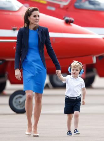 Фото №12 - Вторая жизнь: как Кейт 9 лет носит один и тот жакет (и все еще выглядит актуально)