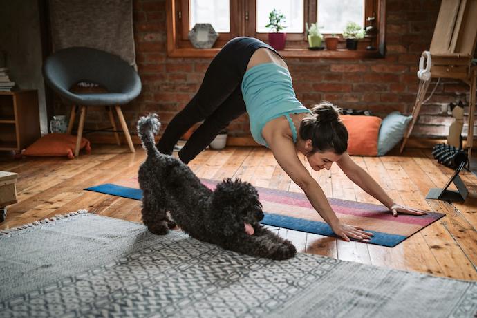 Как правильно тянуться? 5 простых упражнений, улучшающих самочувствие и настроение
