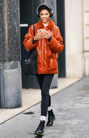 Фото №9 - Модный камбек: с чем носить леггинсы сегодня