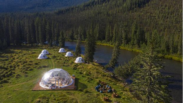 Фото №1 - Глэмпинг Mamont Camp Алтай— новая точка на туристической карте России