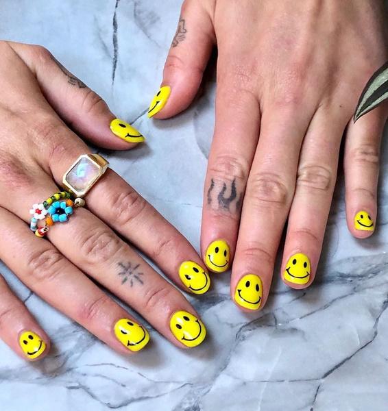 Фото №6 - Самые трендовые маникюры осени 2021: вдохновляемся ногтями Дуа Липы