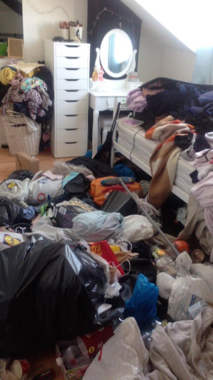 Фото №14 - Самые грязные спальни простых британцев: 16 трогательных фото