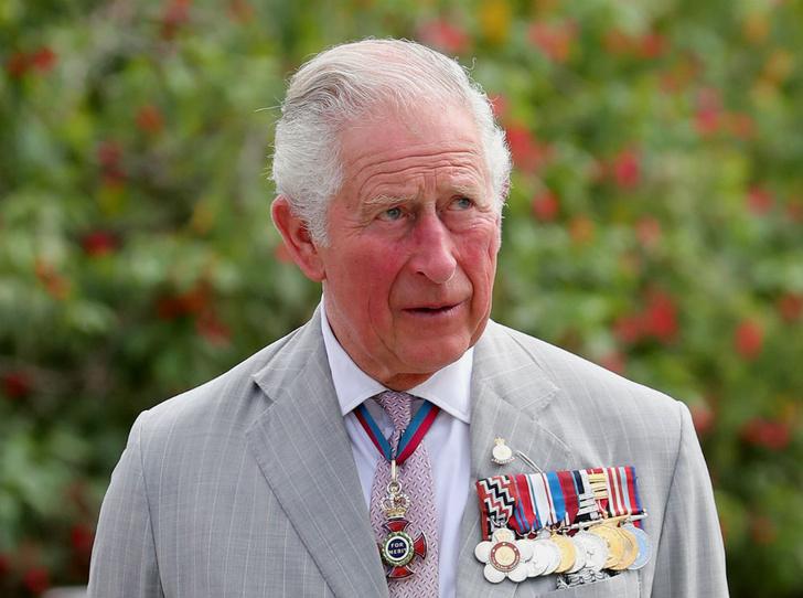 Фото №1 - «Избалованный принц»: почему персонал дворца возмущен прихотями Чарльза Уэльского