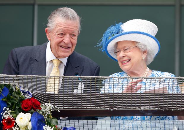 Фото №3 - За потерей потеря: в день похорон Филиппа умер еще один близкий для королевы человек