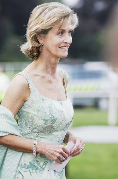 Фото №1 - Извозчица и антипод королевы: кем была молодая фаворитка принца Филиппа