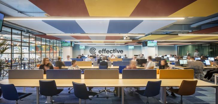 Фото №3 - Яркий офис в Барселоне по проекту El Equipo Creativo