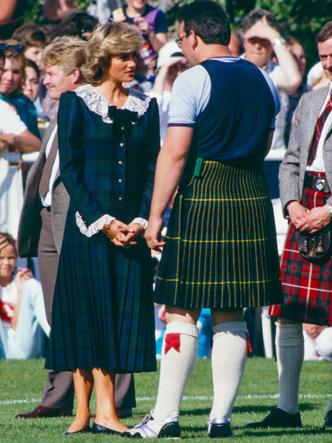 Фото №4 - Любимый бренд королевской семьи: как Виндзоры носят резиновые сапоги Hunter