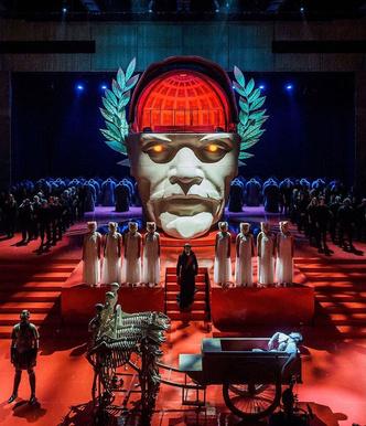 Фото №7 - Молодежные театры, которые заставят тебя полюбить спектакли больше, чем фильмы 🎭
