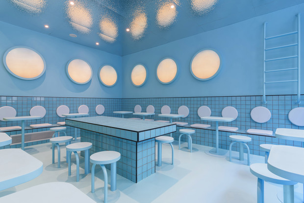 Фото №11 - Яркая бургерная в Турине по проекту Masquespacio