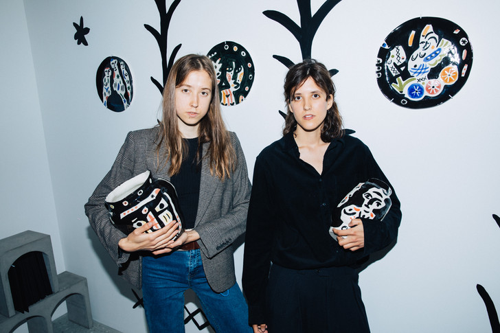 Фото №1 - Выставка «Бульвар Софи Варен» сестер Чельцовых в Lobby
